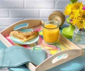 DIY Breakfast in Bed Tray | thegoodstuff