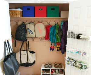 Mud Room Organization | thegoodstuff