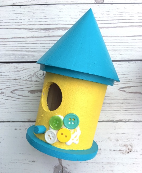 Spring Craft Ideas for Kids: DIY Birdhouses | thegoodstuff