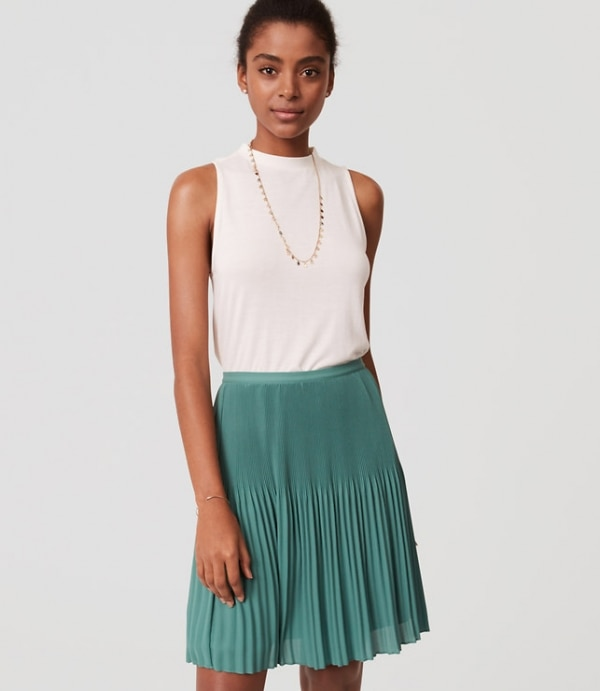 Spring Outfits: Green Skirt | thegoodstuff