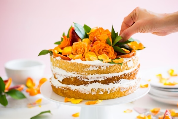How to Make a Naked Cake | thegoodstuff