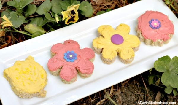 How to Make Flower Rice Krispies Treats | thegoodstuff