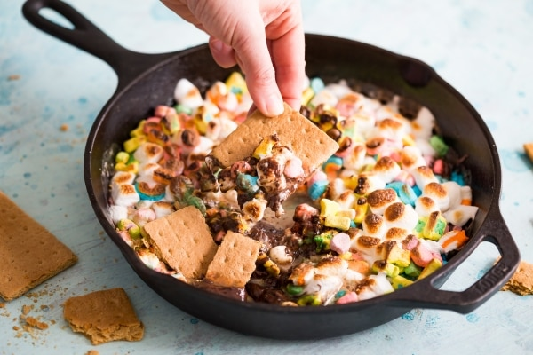 Lucky Charms S'Mores Dip Recipe | thegoodstuff