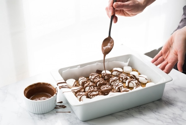 No-Bake Peanut Butter Bars | thegoodstuff