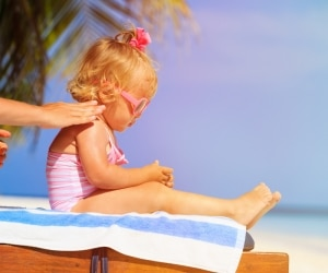 6 Things to Know Before Applying Sunscreen | Coupons.com