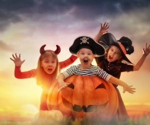 save-halloween-costume-header